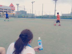 テニスプレー中
